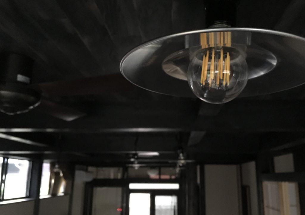 鎌倉のシェアオフィスの古民家風照明