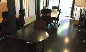 図書館での自習のような使い方ができる鎌倉のコワーキングスペース